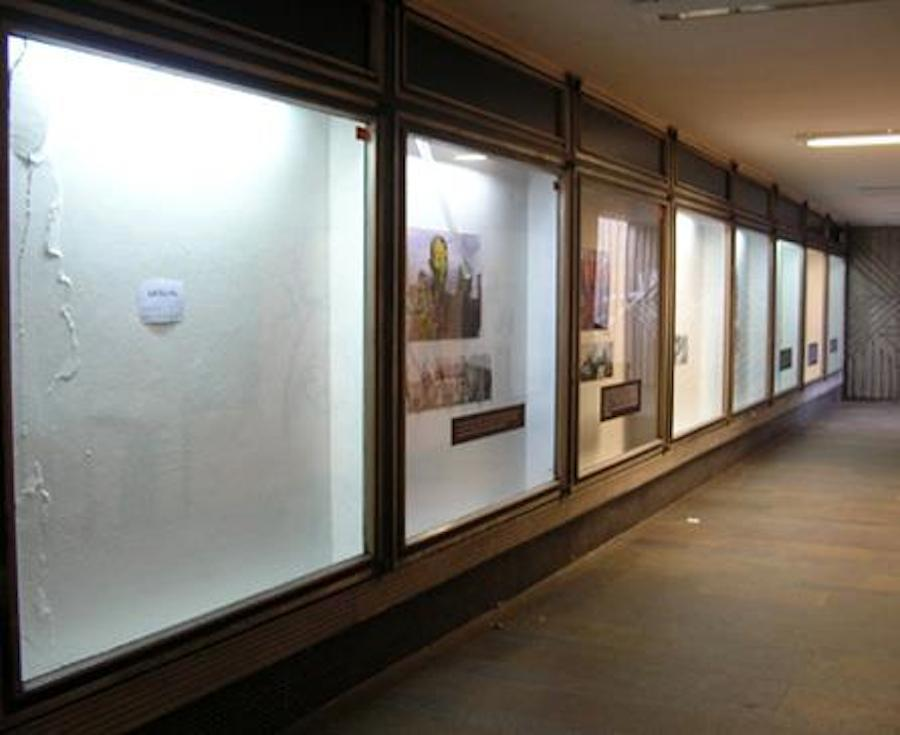 Walk Thru Gallery_01